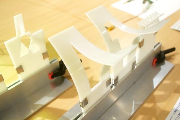 巴型切り紙構造