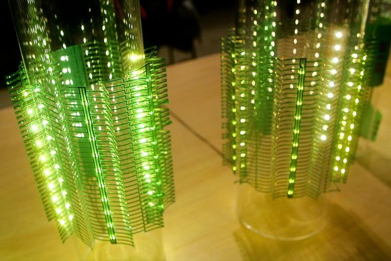 伸縮性LEDランプ