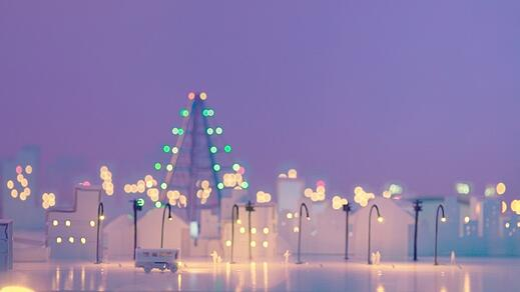 魔法すぎぃぃいい!!! 白い紙に線を描くだけで明かりが灯るだと!? そこに現れるのは立体的な美しい街並みだ!(ロケットニュース24)